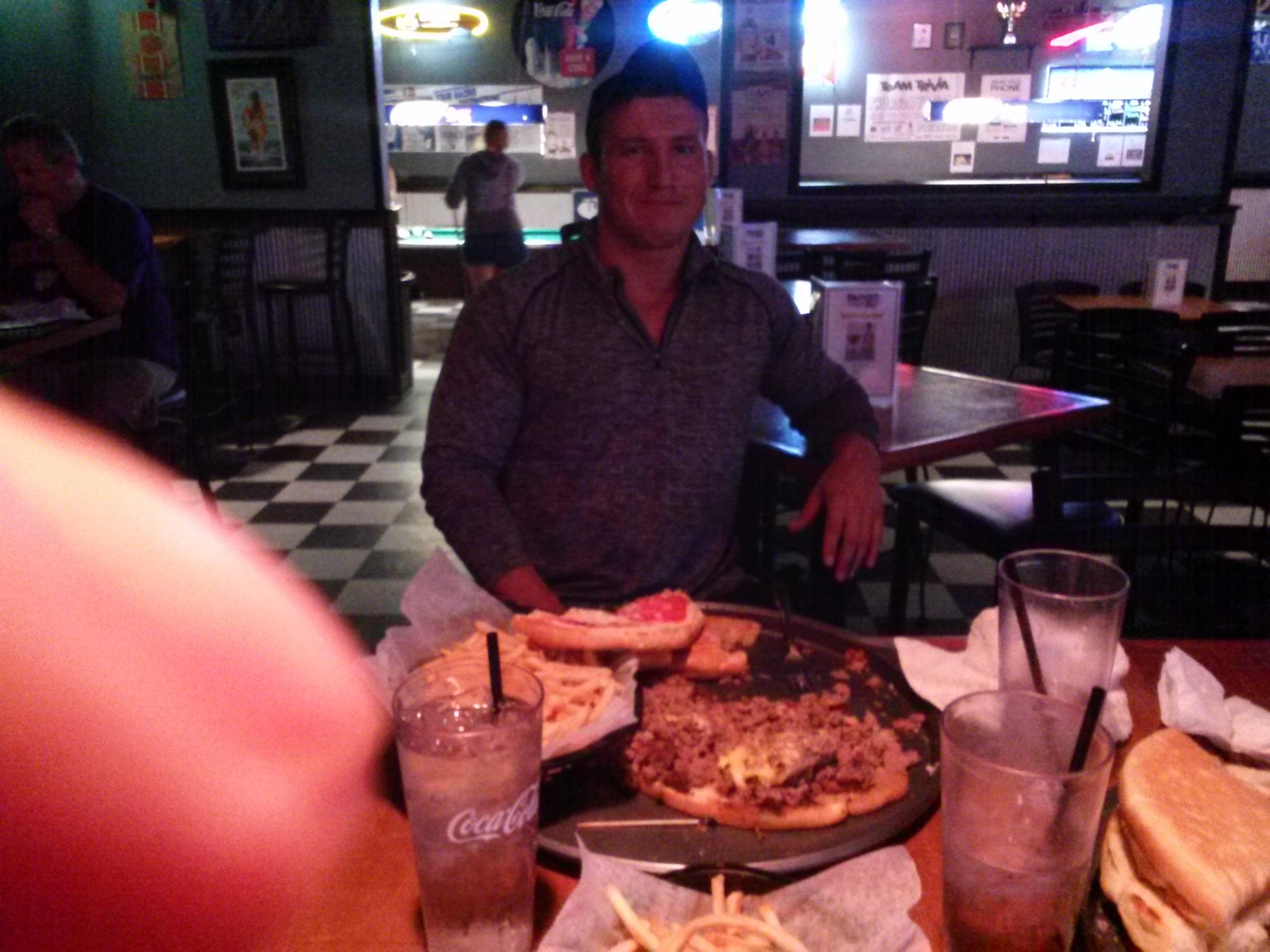Joey-Logan-Russ Burger Challenge (5)